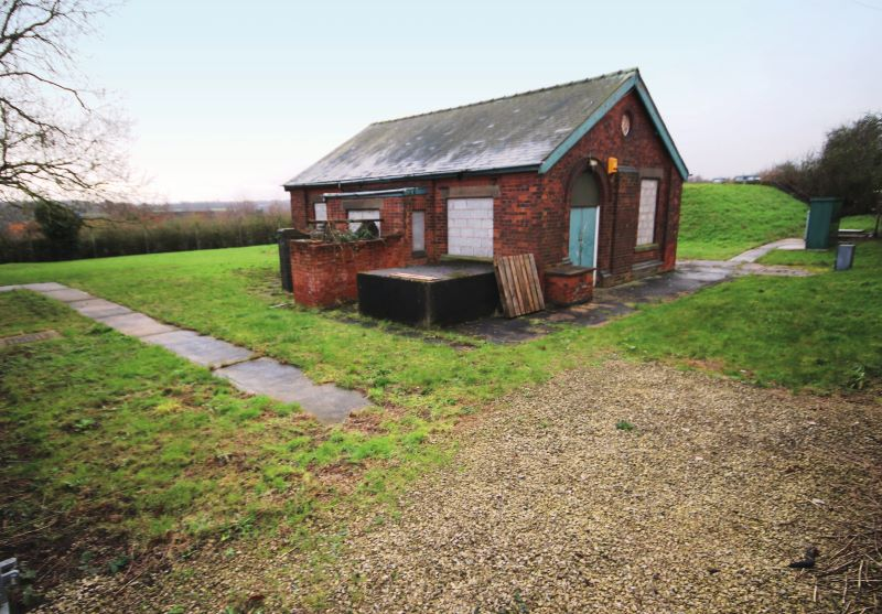 Redundant reservoir & building, Bog Lane, Melbourne, Derby, Derbyshire, DE73 8HU