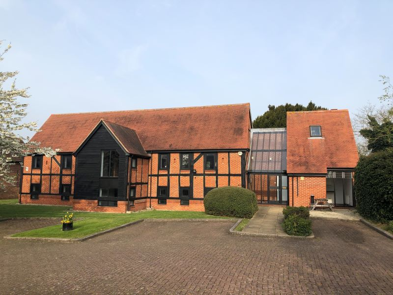 The Old Barn, Bennetts Close, Slough, Berkshire, SL1 5AP