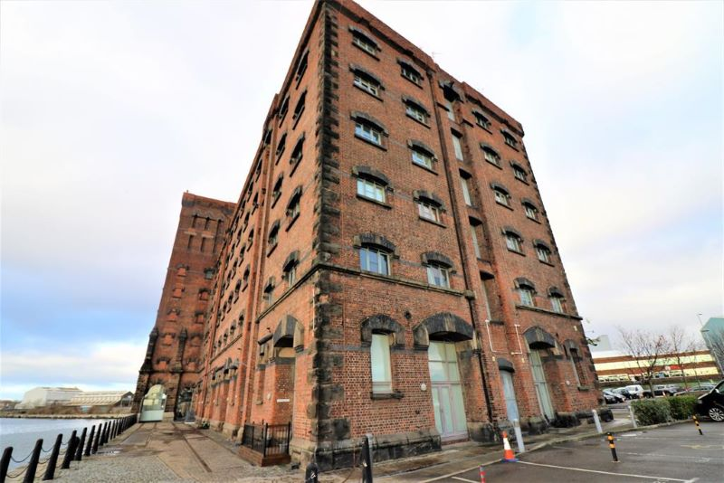 Flat 104 East Float Quay, Dock Road, Birkenhead, CH41 1DP