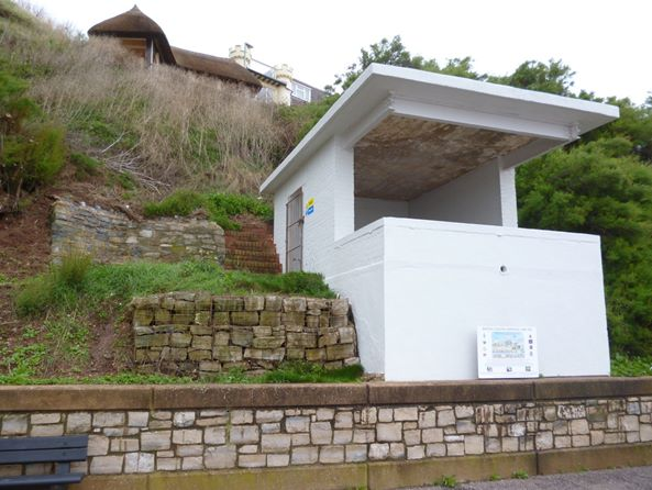 Former Searchlight Emplacement, West Walk, Seaton, Devon, EX12 2LZ