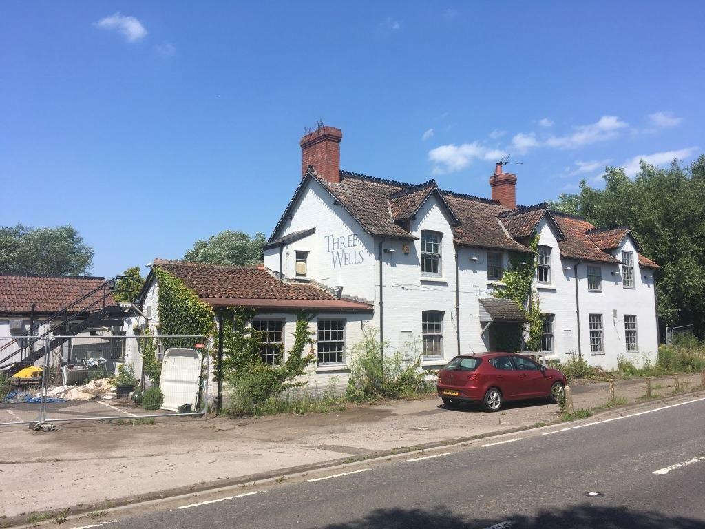 The Three Wells Pub, Wells Road, Polsham, Wells, Somerset, BA51RW
