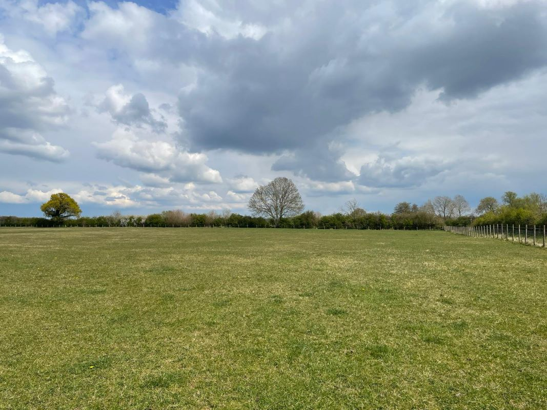 Land to the North of Westfield Farm Edgcott Road, Hillesden, MK184DT