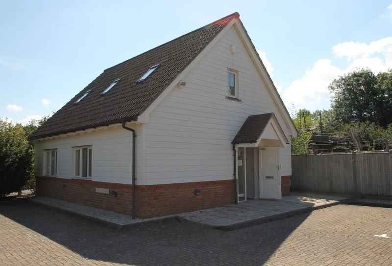 Unit 2 Knights Court, South Chailey, Lewes, BN8 4QF
