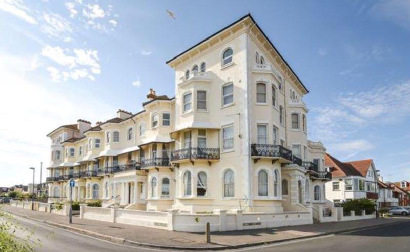 Flat 17 Elizabeth Court, Park Terrace, Bognor Regis, West Sussex, PO212NB
