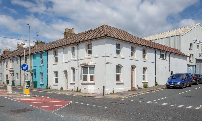 108 North Street, Portslade, Brighton, BN411DG