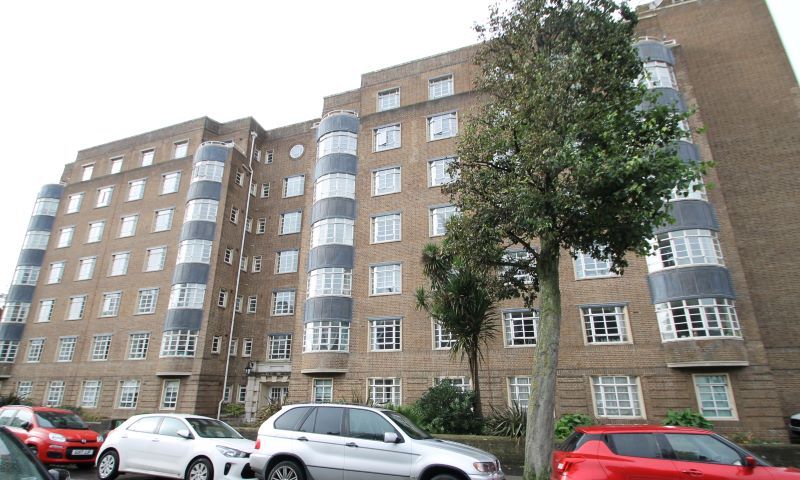 204 Harewood Court Wilbury Road, Hove, BN3 3GL