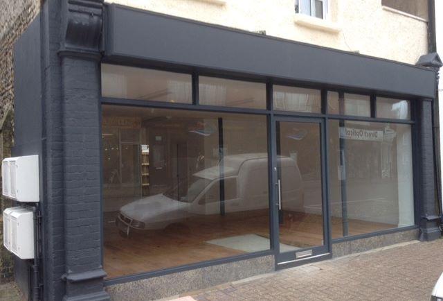 Ground Floor Retail Unit, 3 High Street, Littlehampton, West Sussex, BN175EG