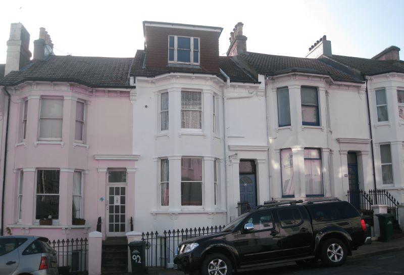 Flat 3 (Top Floor Flat), 90 Roundhill Crescent, Brighton, East Sussex, BN23FR