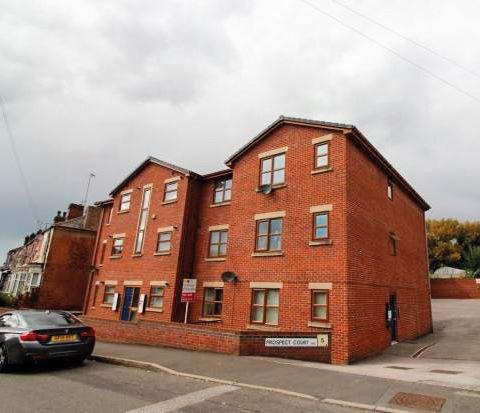 Flat C 9 Prospect Court, Terrace Road, Parkgate, Rotherham, S626FN