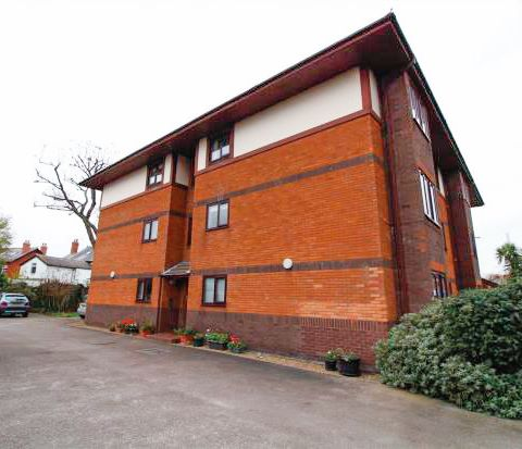 Apartment 2, Lawswood, Victoria Road East, Thornton-Cleveleys, FY5 5BS