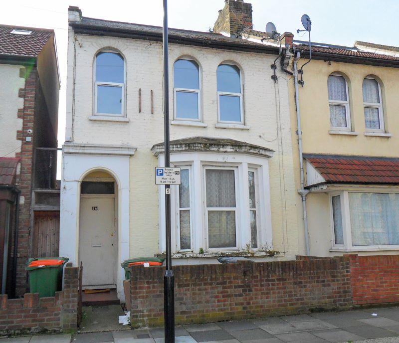 Flat 2, 16 St. Andrew's Road, London, E138QD