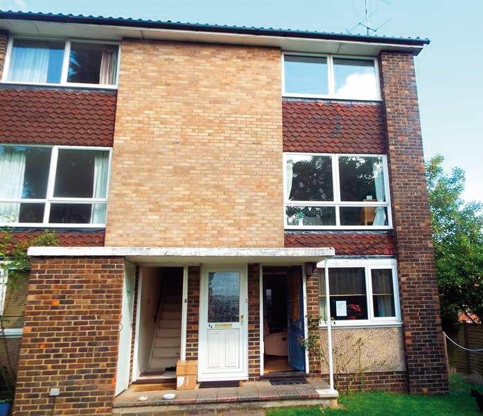 45 Broadlands Court, Wokingham Road, Bracknell, Berkshire, RG421PJ