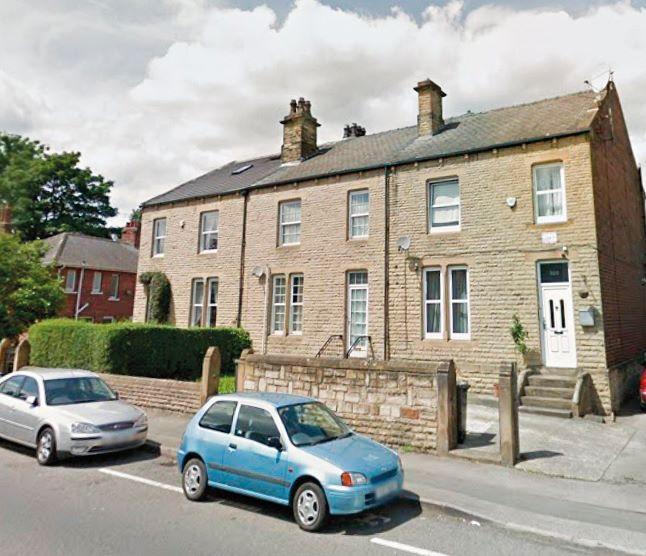 802 Huddersfield Road, Dewsbury, WF133LZ