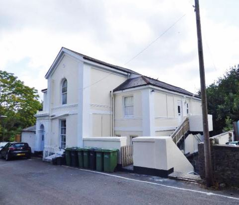 Flat 5 Marlborough House, 2-4 Thurlow Road, Torquay, Devon, TQ1 3DZ