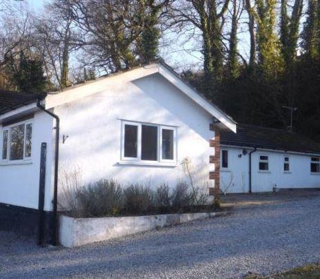 Petamy, Coast Road, Holywell, Clwyd, CH89DZ