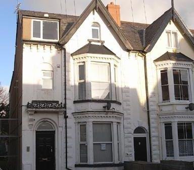 Flat 1, 40 Bath Street, Rhyl, Clwyd, LL183LU