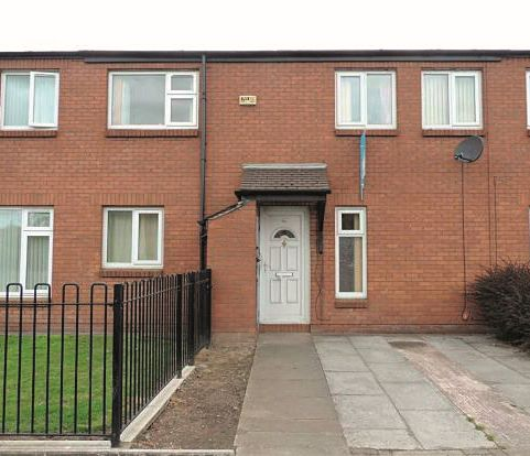 48 Bentley Road, Denton, Manchester, M346DR