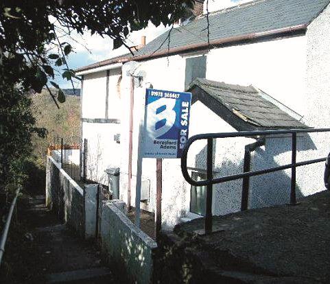 4 Mill Lane, Cefn Mawr, Wrexham, Clwyd, LL143NL
