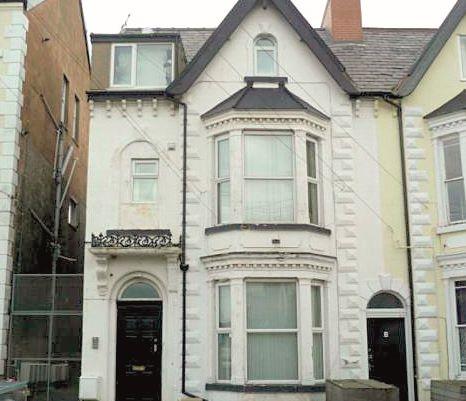 Flat 5, 40 Bath Street, Rhyl, Denbighshire, LL183LU