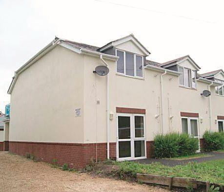 6 Avon Court, Gravel Lane, Ringwood, Hampshire, BH241LL