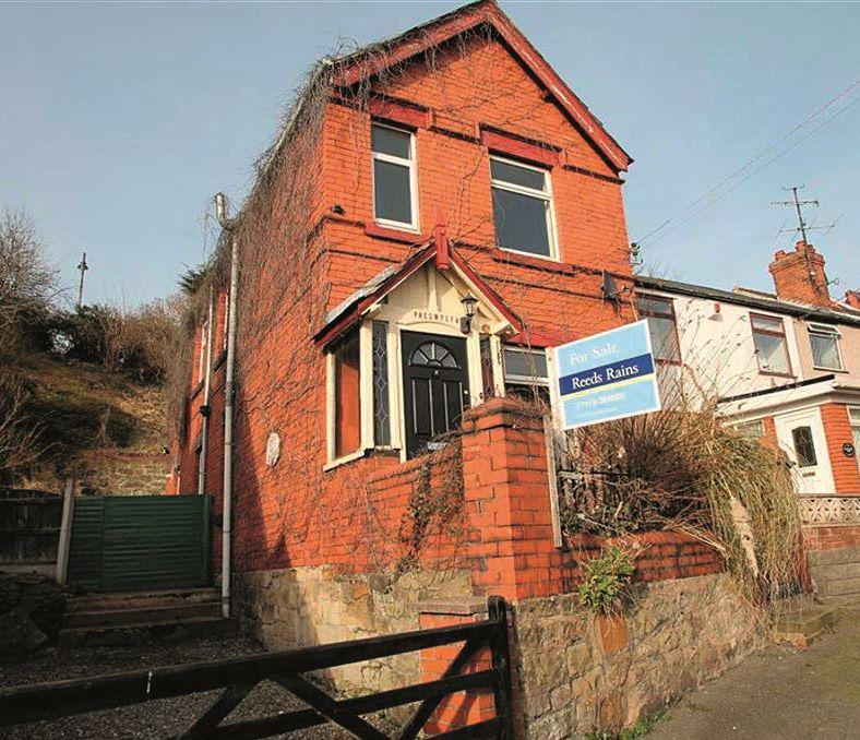 Preswylfa, Hill Street, Cefn Mawr, Wrexham, Clwyd, LL143BA