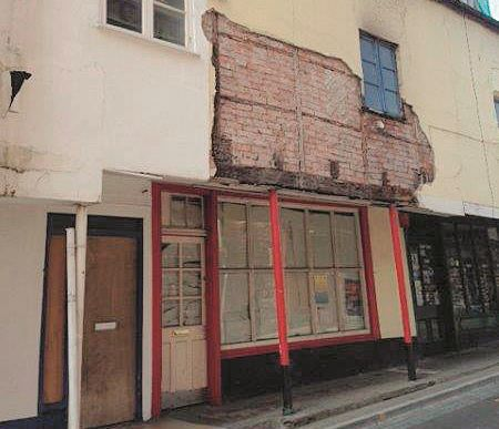 21 & 21a Market Street, Abergavenny, Gwent, NP75SD