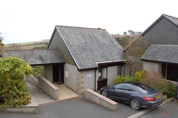 26 The Crags, Maenporth, Falmouth, Cornwall, TR11 5HN