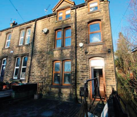 366 Meltham Road, Netherton, Huddersfield, West Yorkshire, HD4 7EH