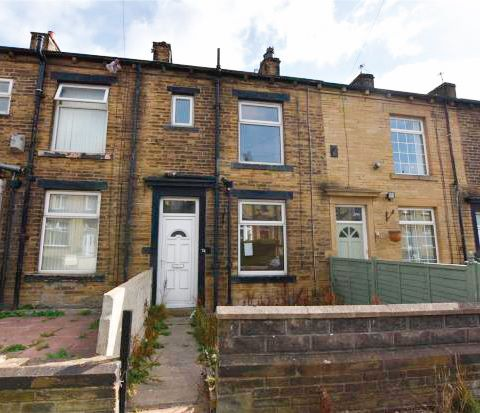 74 Woodhall Road, Thornbury, Bradford, BD3 7BT