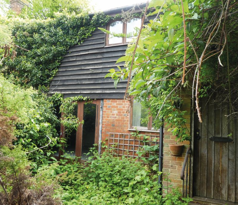 The Coach House, Courtlands Close, Teston, Maidstone, Kent, ME18 5AT