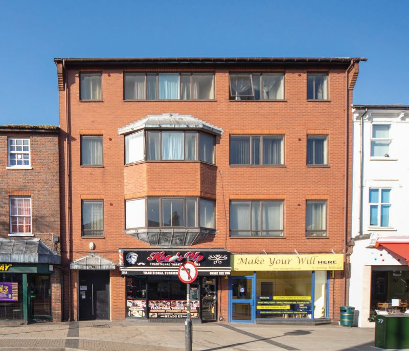 Flat 1 The Pulse, 31 High Street North, Dunstable, Bedfordshire, LU6 1HX