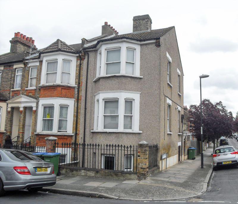 22 Kashgar Road, Plumstead, London, SE181HS