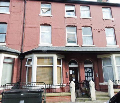 Flat 2, 8 Balmoral Terrace, Fleetwood, Lancashire, FY76HG