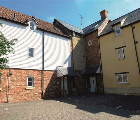 3 Livinia House, 1 Maybold Crescent, Swindon, Wiltshire, SN25 1RB