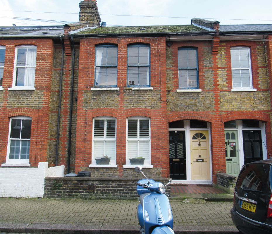 51A Emu Road, Battersea, London, SW83PQ