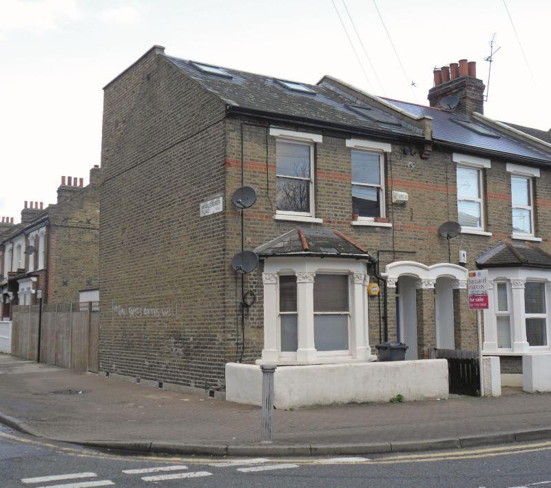 Flat 3, 92 Strathleven Road, London, SW25LE