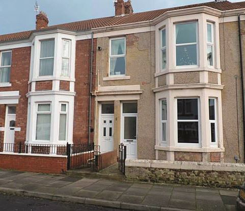 28 Clifton Terrace, Whitley Bay, Tyne and Wear, NE26 2JD