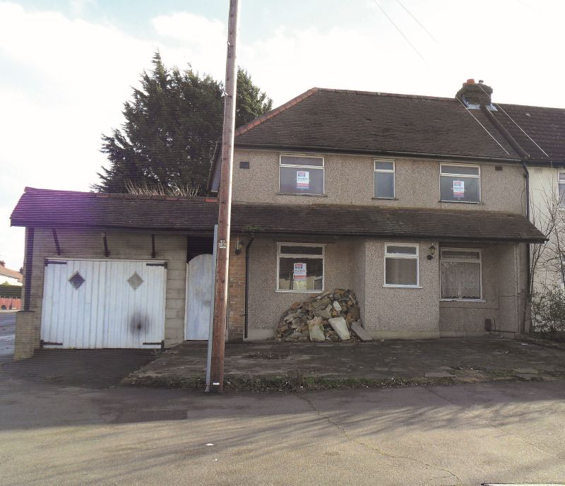 24 Walnuts Road, Orpington, Kent, BR60RQ