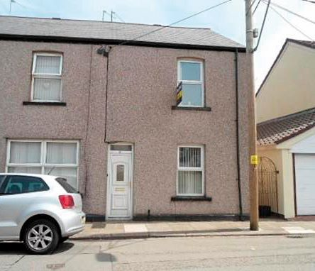 11 Cambria Street, Griffithstown, Pontypool, Gwent, NP4 5HW