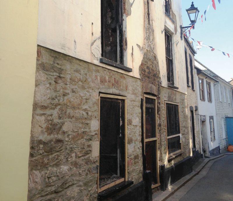 Old Ship Inn, Garrett Street, Cawsand, Torpoint, Cornwall, PL101PD