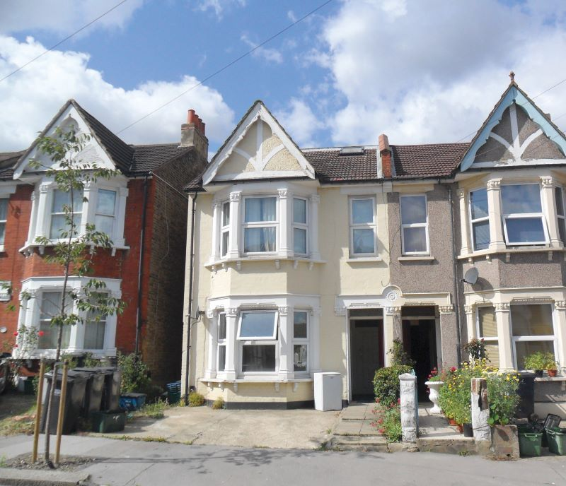 35A Chisholm Road, Croydon, Surrey, CR06UQ