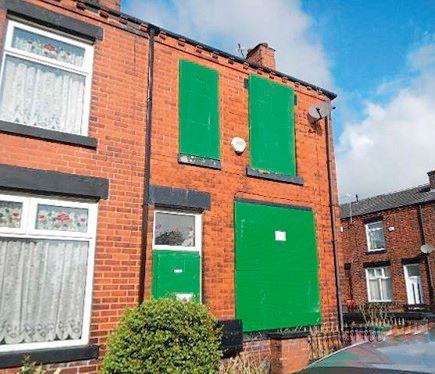 2 Pearson Street, Bury, Lancashire, BL96DA