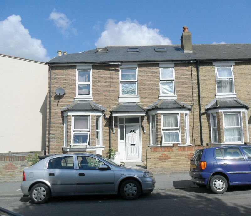 9A Heath Road, Thornton Heath, Surrey, CR7 8NF