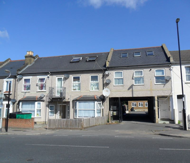 Flat 3, 107 Northwood Road, Thornton Heath, Surrey, CR7 8HW