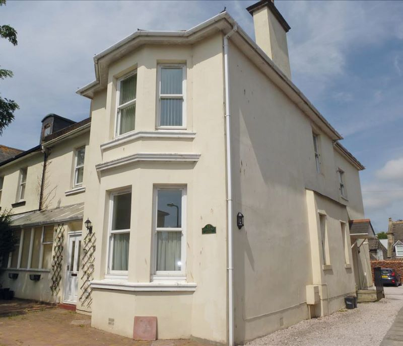 Flat 1 Chalford Lodge, 15 Grosvenor Road, Paignton, Devon, TQ4 5AZ