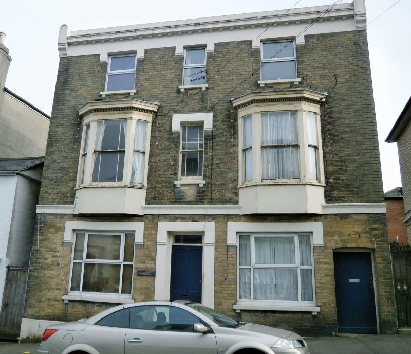 Flat 4, 51 George Street, Ryde, Isle of Wight, PO332EW