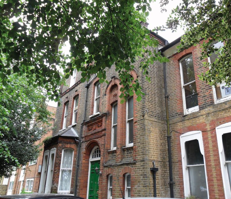 Flat C, 13 Canadian Avenue, Catford, London, SE6 3AU