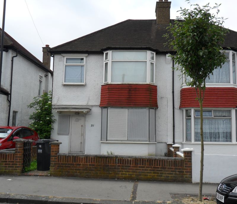 25 Turle Road, London, SW16 5QW