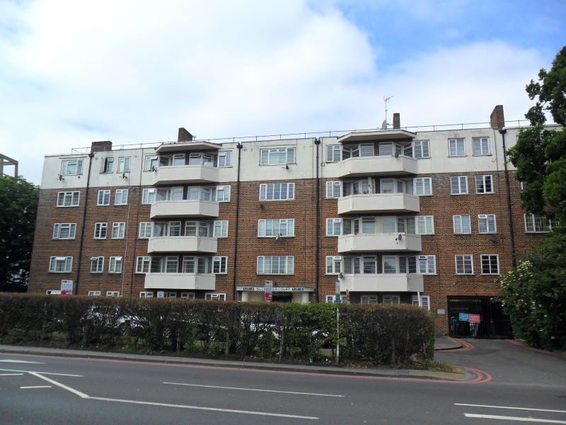 Flat 28 Silchester Court, London Road, Thornton Heath, Surrey, CR7 6JD