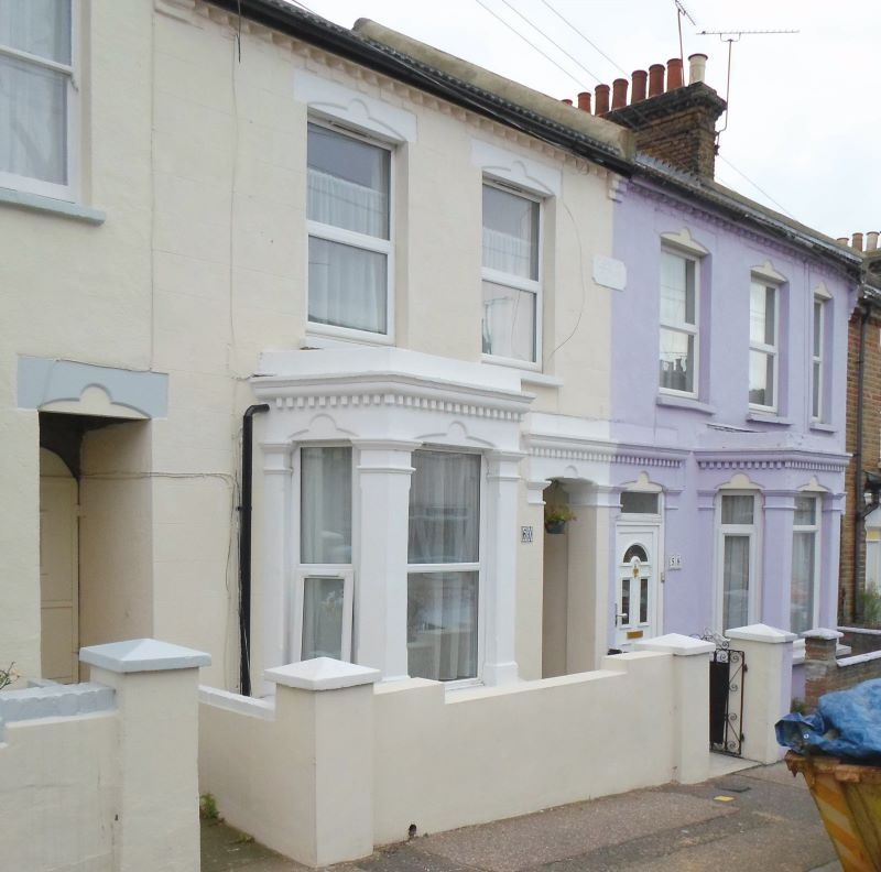 Ground Floor Flat, 60 Pleasant Road, Southend-on-Sea, Essex, SS1 2HJ